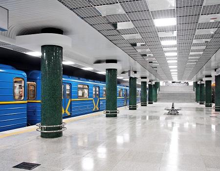 ремонт техники метро Голосеевская