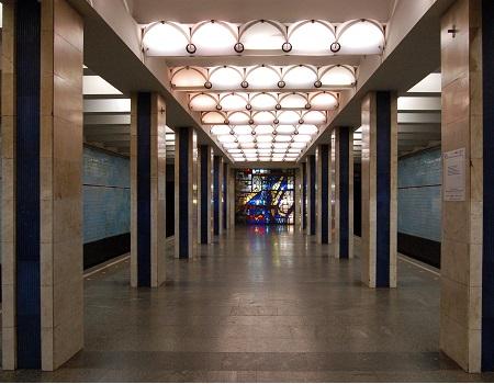 ремонт техники метро Подол